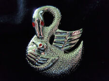 FUNKY COOL Textured Silvertone Red Eyed BIRD, SWAN and BABY Brooch 1-BR0101