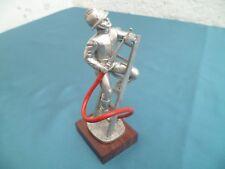 Figurine Les étains du Prince sapeur pompier Porte lance sur échelle 1921 (F.3)