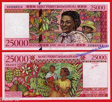 MADAGASCAR 25000 francs 1998 Pick 82 SC / UNC