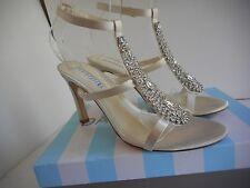David Tutera Nadine Ivory Sandal Heel Size   8.5 M