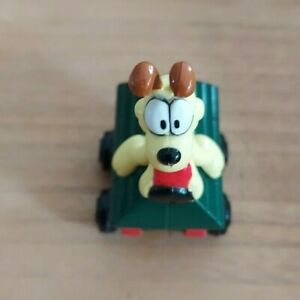 1990 GARFIELD THE CAT  ODIE THE DOG KENNEL CAR MADE BY ERTL