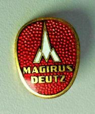 Magirus Deutz (Feuerwehr) Abzeichen Brosche emailliert rot / badge enamel 1950s