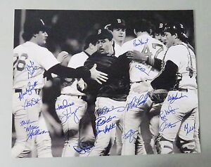 010515 1986 Boston Red Sox Team Signed 16x20 Photo 20 AUTO 's LEAF Hologram ONLY
