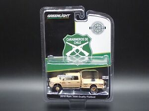 2021 GREENLIGHT 2018 RAM 3500 DUALLY FLATBED  CARABINEROS DE CHILE HOBBY EXCL