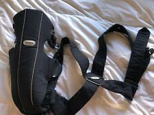 Baby bjorn carrier, black, barely use, washed and ready to go