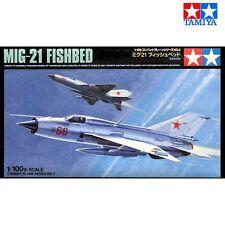 Tamiya 61602 MiG-21 Fishbed F 1/100 scale plastic model kit