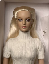 "Tonner Tyler Wentworth ""Winter Whisper"" Sydney Chase"