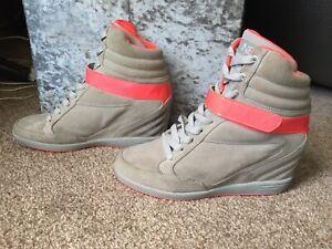 Adidas NEO UK 5 Grey Suede Pink Trim High Top Trainers Hidden Heel