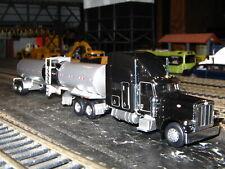 Norscot 25102 Peterbilt 389 Tractor w/Tonkin Hot Oil Trailer 1/87 HO NEW