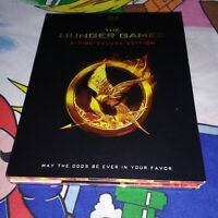 THE HUNGER GAMES 3 DISC DELUXE BLURAY EDITION WITH SLIPCOVER