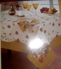 "HOLIDAY PRINTED FABRIC  TABLECLOTH SIZE 52 X 70"" OBLONG  4-6 SEATS NEW"