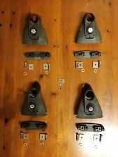 Set Of 4 Yakima Roofrack Railrider Towers With Landing Pads Locks And One Key