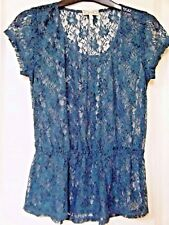 Green lace top size small