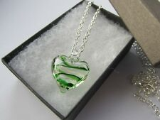 Handmade Gorgeous Green Swirl Lampwork Glass Heart Pendant Chain Necklace 11589