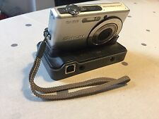 Casio Exlim 7.2 mega pixel  EX-Z700 Digital Camera with case and charging cable
