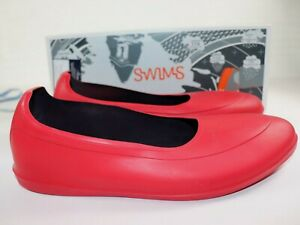 NIB $98 SWIMS Size XL 10 - 11.5 Men's Classic Red Overshoe Protector + Carry Bag