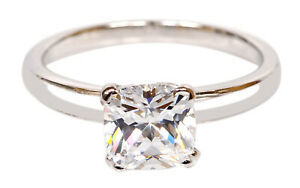925 Sterling Silver / Cushion Shape VVS1 Clarity 2.80Ct Solitaire Women's Ring