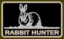 """RABBIT HUNTER EMBROIDERED PATCH ~3-3/4"""" x 2-1/4"""" GUN WILDLIFE ANIMAL AUFNÄHER"""