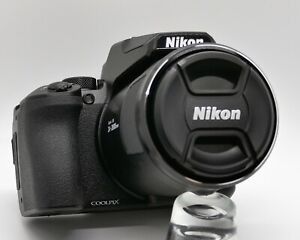Nikon Coolpix P950 16.0MP Digital Camera - very nice with extras!