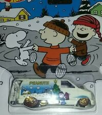 Hot wheels Peanuts 85 Chevy astro van