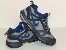 Nike ACG trainers size 7 uk