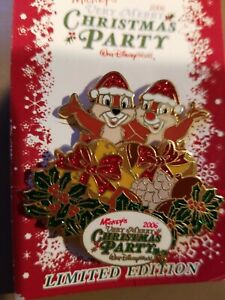 DISNEY PIN LE MICKEY'S VERY MERRY CHRISTMAS PARTY CHIP AND DALE POP UP GLITTER