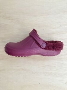 Women's Clog Slippers Magenta Size 7 Purple And Red Blend Comfy Slippers