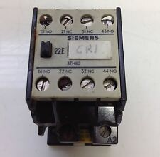 SIEMENS CONTROL RELAY LOT OF 2  8 TH 80 22-0A