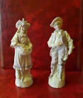 Couple en porcelaine ancien