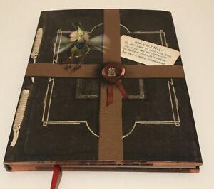 Arthur Spiderwick's Field Guide Fantastical World Around Y by DiTerlizzi Tony
