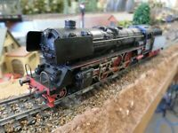 Marklin 3048 HO Steam Locomotive with Tender Br 01 (Analogue)