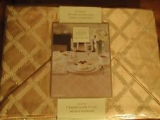 "7 Piece TABLE LINEN  BY LENOX TABLECLOTH 70"" by 86"" & 6 NAPKINS DEEP GOLD"