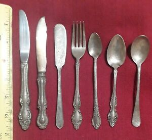 Lot of 7 Old Vintage Silver Plated Silverware Mixed Bands (LOOK)