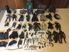 Vintage 73 Piece Lord Of The Rings Lot (19 Figures)