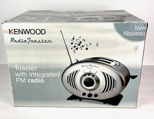 Delonghi Kenwoood Vtg Retro Unique Stainless Steel Look FM Radio Toaster TT756SL