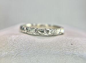 Vintage Art Deco 18k White Gold Flower Design Textured Wedding Band Stack Ring