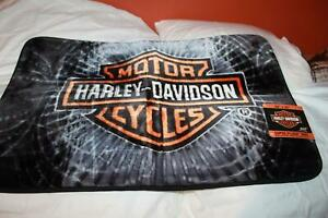 """Harley Davidson Genuine Motorcycles 20"""" x 30"""" PLUSH  Rug MAT NEW WITH TAG"""