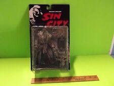 """#04 Frank Miller Sin City Black & White Marv 7""""in Variant Figure McFarlane Toys"""