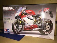 Tamiya 14132 1/12 Ducati 1199 Panigale S - Tricolore Model Kit
