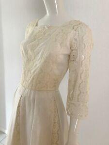 Vintage Lace 1950's Knee Length Wedding Dress