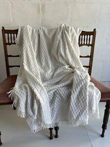 Vintage Chenille Quilt White Coverlet Bedspread Diamond Diagonal 229 x 255cm