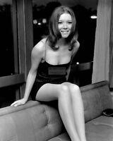 DIANA RIGG ENGLISH ACTRESS - 8X10 PUBLICITY PHOTO (AA-383)