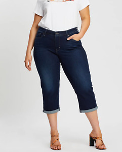 LEVI'S PLUS Size SHAPING BERMUDA Jeans Women's, Authentic BRAND NEW (236450023)