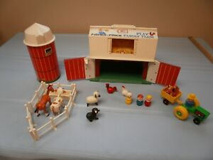 Vintage Fisher Price Little People Farm #915,Cows,Horses,Sheep,Barn,Silo,Tractor