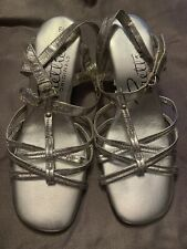 Vintage Shoes 1970s Dance Silver Strappy Sandals Sturdy Heel 6.5