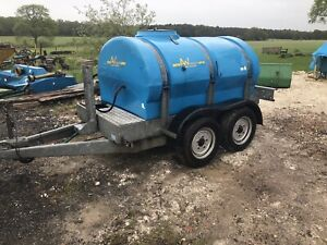 A and W Trailers Water Bowser 2000 Litre