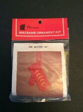 """Macrame Ornament Kit Mitten Christmas Knot House Vtg 3.5"""" Made In USA Red Winter"""