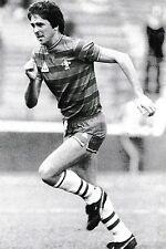 Football Photo>COLIN LEE Chelsea 1984-85