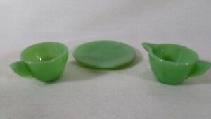 Three Pieces of Vintage Green Minature Jadeite Dishes
