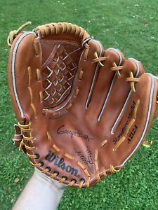 """Wilson Signature GEORGE BRETT Model A2124 Right Handed Thrower 12"""" Beauty"""